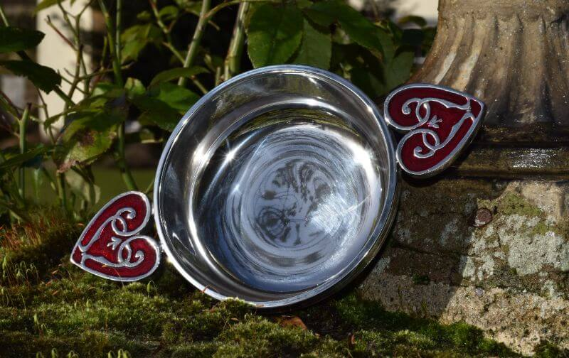 Pewter quaich with heart shaped handles