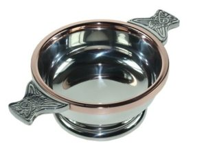 Pewter quaich with copper rim